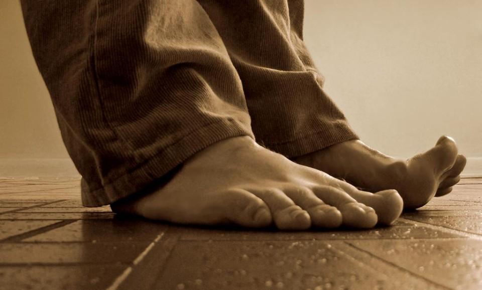 シリーズ 足底感覚:第二章 足の甲の痛み (今回は読み易く仕上げました!w)