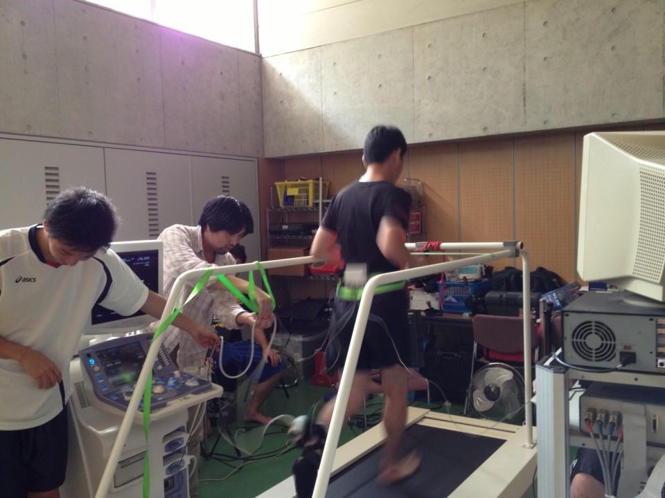 日本でも裸足ランの研究が進み始めています!!!