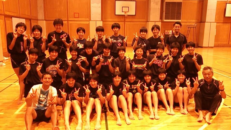 全日本高校選手権「春校バレー」優勝チームで裸足ランニング。やばい。。。