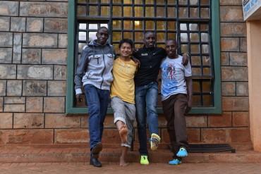 Running With Kenyans Day 1 イテン村に到着
