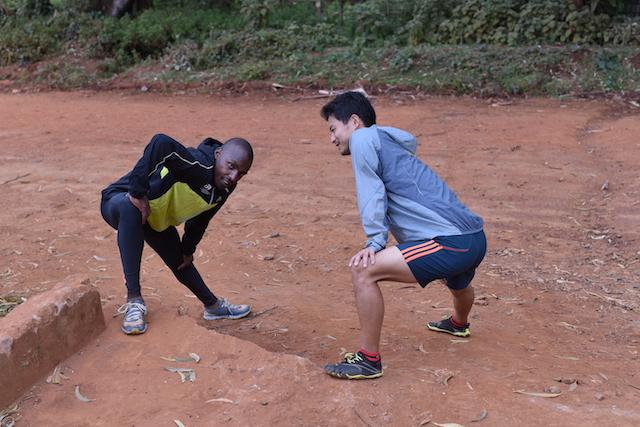 Running with Kenyans イテン村 Day 2 トレーニングが始まりました!