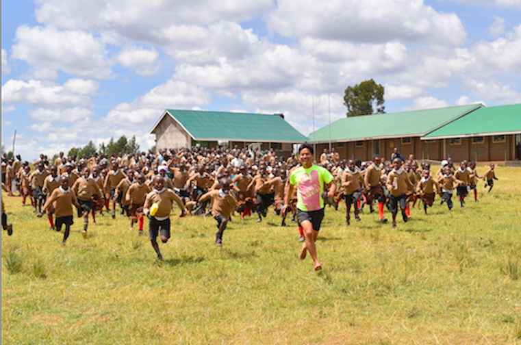 """""""裸足ランはケニアを救う!?"""" 〜ビッグプロジェクト解禁〜 パート1 Running With Kenyans再び"""