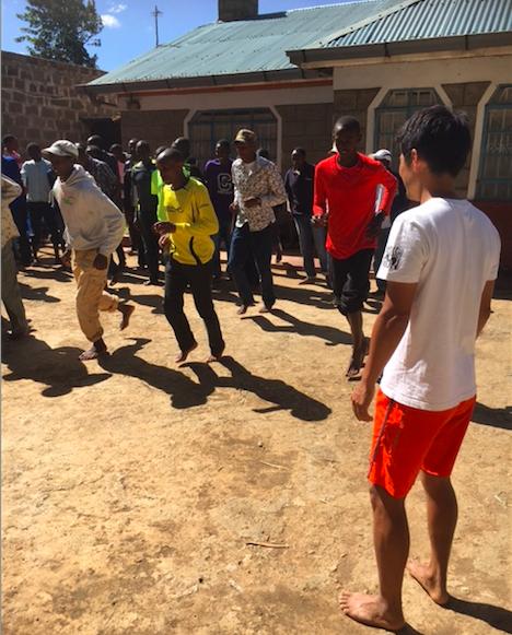 """Barefoot"" Running with Kenyans 〜世界最強軍団に裸足教育!〜"