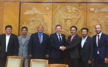 モンゴル草原マラソン、異次元の世界へ